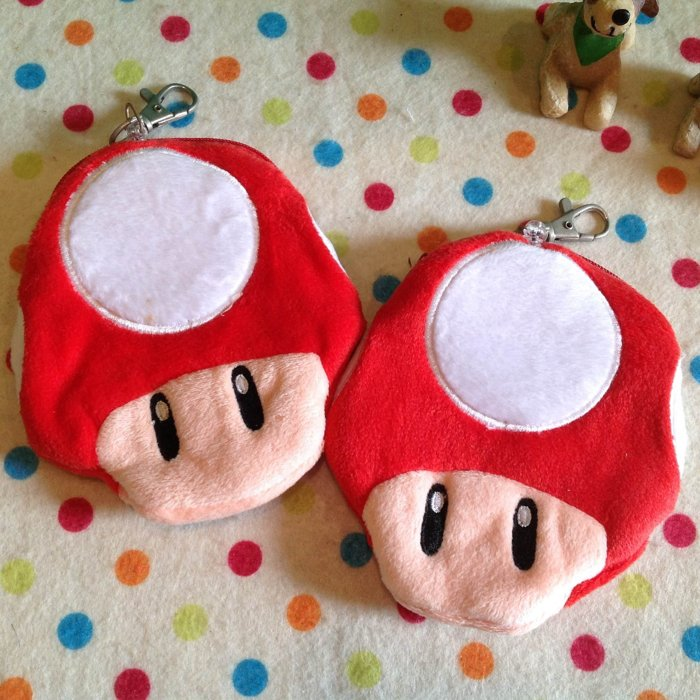 =優生活=【出清特價$99】超級瑪莉 馬力歐紅蘑菇自動伸縮卡套 悠遊卡套 吊飾 零錢包 收納包