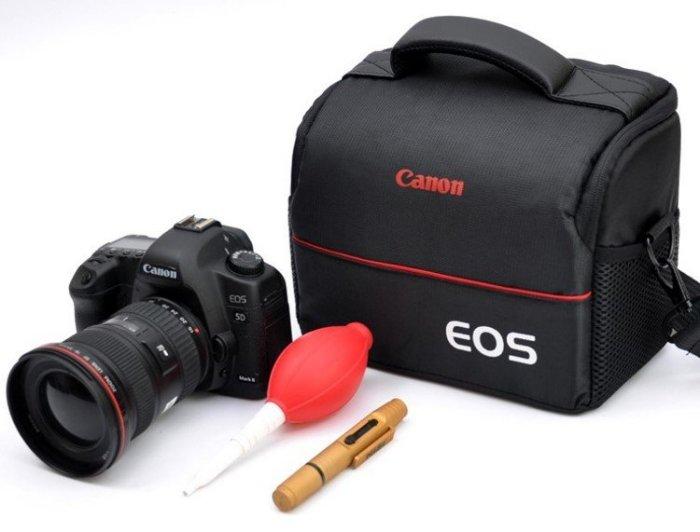攝彩@佳能 Canon 經典相機包,一機二鏡 1機2鏡 側背 附防雨罩 防水 單眼 類單眼適用-20308-Canon經典包