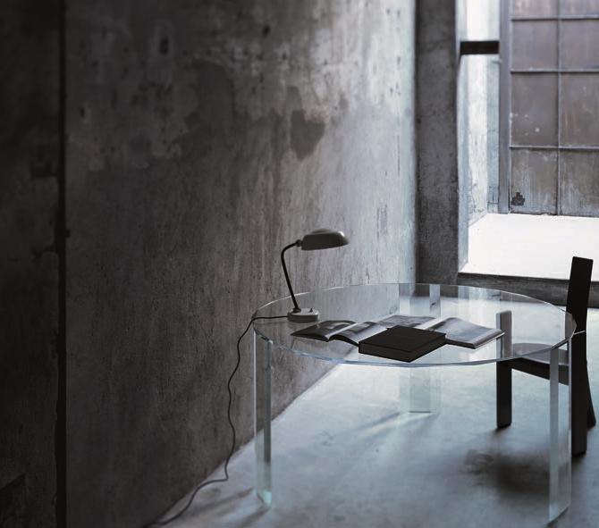 義大利原裝進口 設計師玻璃傢俱品牌 GLAS ITALIA - Kooh-I-Noor 玻璃圓桌 (展示品出清65折,僅此1件)