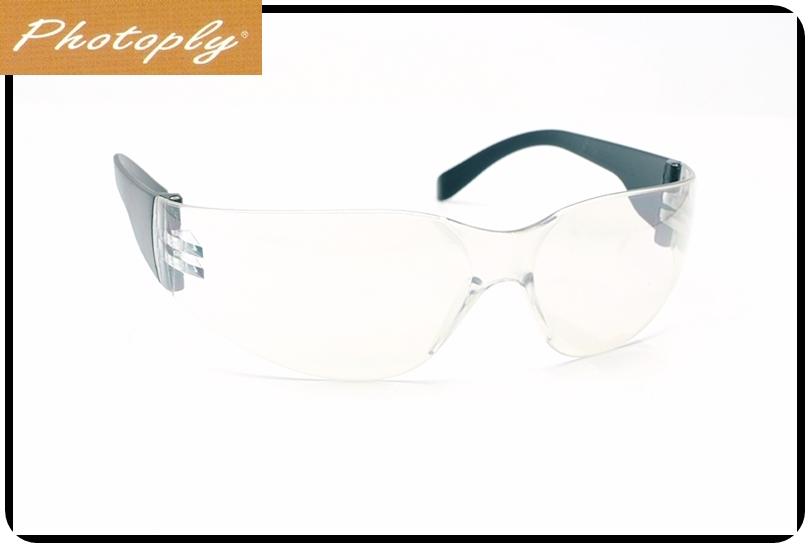 又敗家@台灣品牌PHOTOPLY晴天透明安全眼鏡069防霧眼鏡太陽眼鏡貼身眼鏡(超貼身,符合亞洲人臉型,抗紅外線紅外光)台灣製造富哆來防風眼鏡太空眼鏡防爆眼鏡實驗用眼鏡實驗眼鏡腳踏車眼鏡登山車眼鏡單車眼鏡自行車眼鏡公路車眼鏡極限運動眼鏡運動太陽眼鏡多用途多功能眼鏡太陽運動眼鏡,有效吸收IR紅外光UV紫外光UV紫外線適快遞貨運司機計程車司機衝浪沙灘排球騎車機車摩托車露營健行國內外旅遊