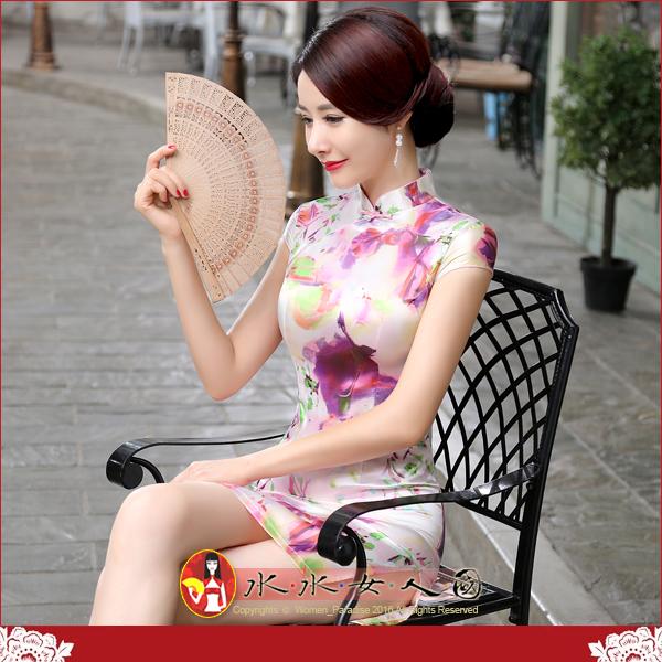 【水水女人國】~特價499元~平價旗袍風~粉瑩。復古仿絲印花包袖改良式時尚短旗袍
