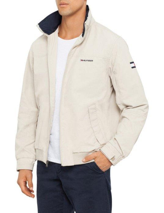 美國百分百【全新真品】Tommy Hilfiger 外套 收納帽 防水 TH 夾克 大衣 風衣 卡其 男 XS B994