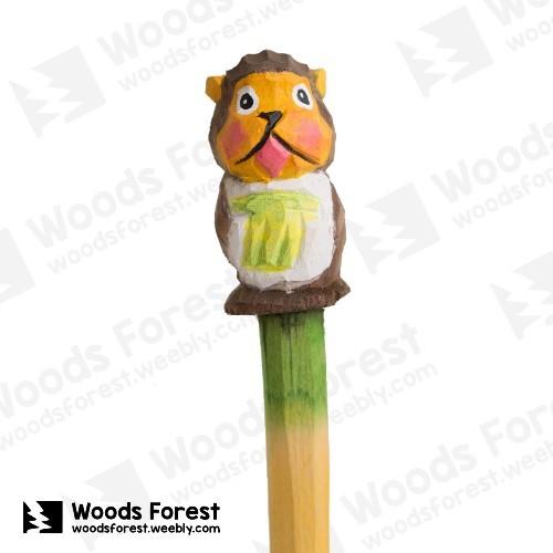 木雕森林 Woods Forest - 手工動物木雕筆【香蕉猴】( 筆質量輕;握筆輕鬆舒適;滑順好寫,用完可替換,實用且經濟!)