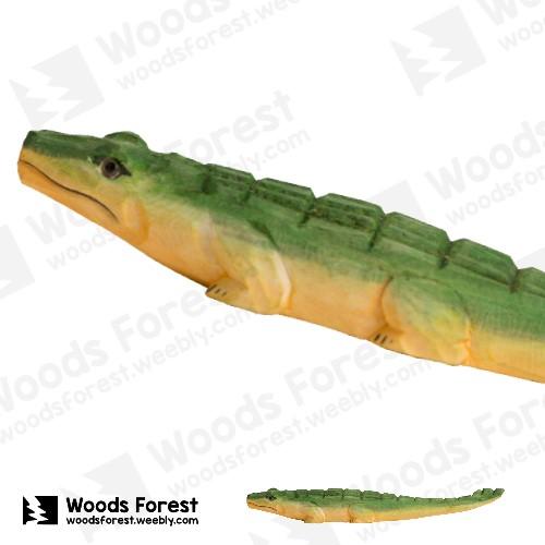 木雕森林 Woods Forest - 手工動物木雕筆【趴鱷】( 筆質量輕;握筆輕鬆舒適;滑順好寫,用完可替換,實用且經濟!)