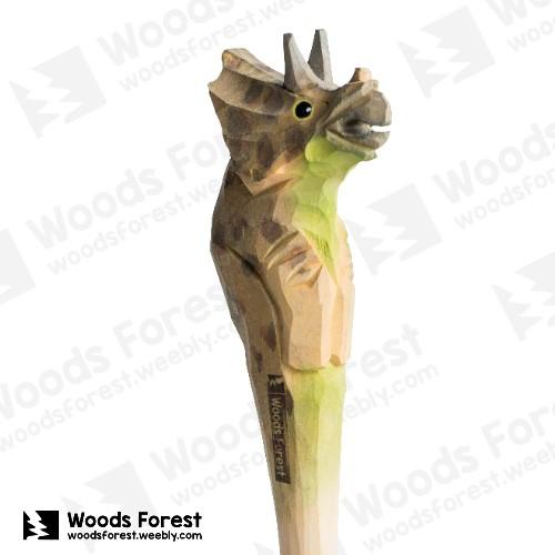 木雕森林 Woods Forest - 手工動物木雕筆【三角龍】( 筆質量輕;握筆輕鬆舒適;滑順好寫,用完可替換,實用且經濟!)