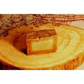 阿勒坡古皂-1號皂半塊 (100g±10gm)橄欖油90%, 月桂油10%