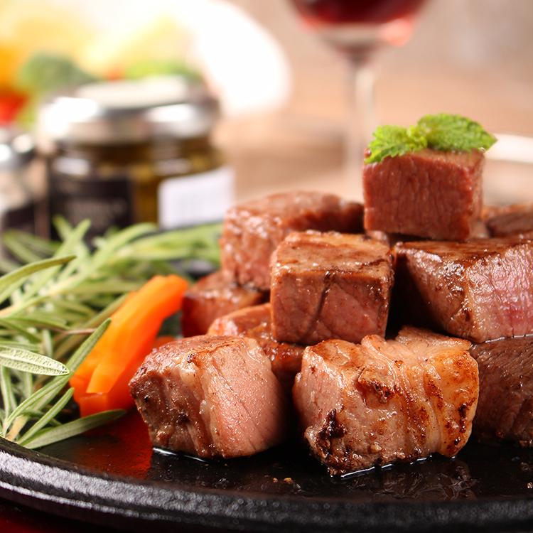 iSteak♥美國CHOICE特選金磚骰子牛肉180g / 包