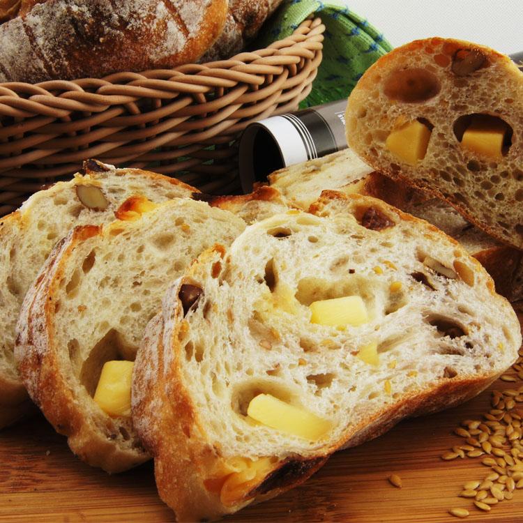[薇庭手感烘培]久殼道葡萄/麵包--320±10克無油麵包(德國純裸麥粉、日本先鋒麵粉、吐魯番進口薄皮葡萄乾、美國核桃)