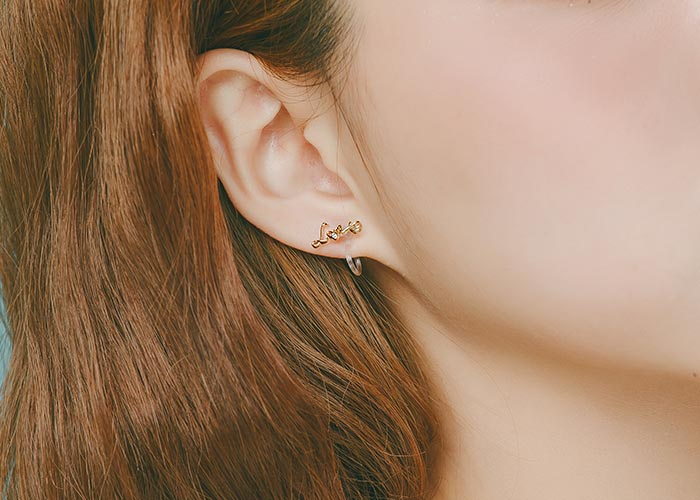 韓國飾品,貼耳耳環,字母造型耳環,夾式耳環,love字樣耳環