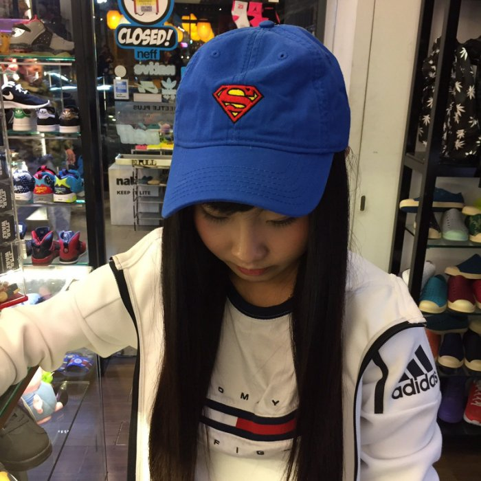 d64d57aa45b BEETLE PLUS 全新商品SUPERMAN CAP DAD HAT 超人藍紅經典LOGO 老帽棒球帽可調式男女款MN-413