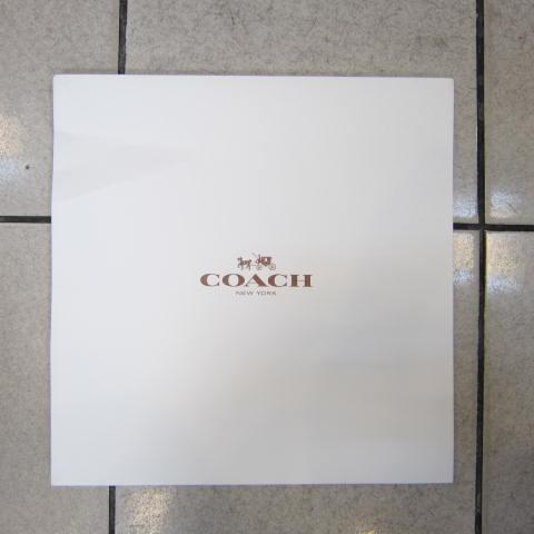 ~雪黛屋~COACH 大包盒國際正版大包款男女包款紙盒進口厚紙材質可摺疊收納展開為盒-大包款盒-素面