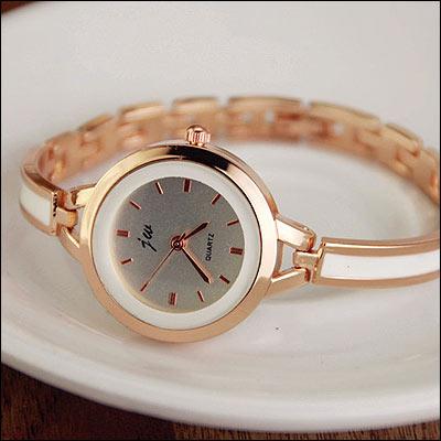 男錶女錶情侶ManStyle潮流嚴選韓版時尚水鑽復古手鏈錶手鐲錶【09S0468】