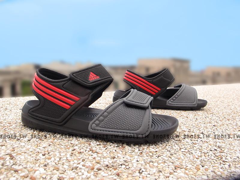 Shoestw【AQ2788】ADIDAS 童鞋 涼鞋 中童 AKWAH 9 K 黑灰紅