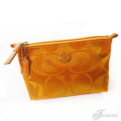 寶貝窩 【CF77382】COACH C Logo尼龍輕量化妝包-土黃色標區