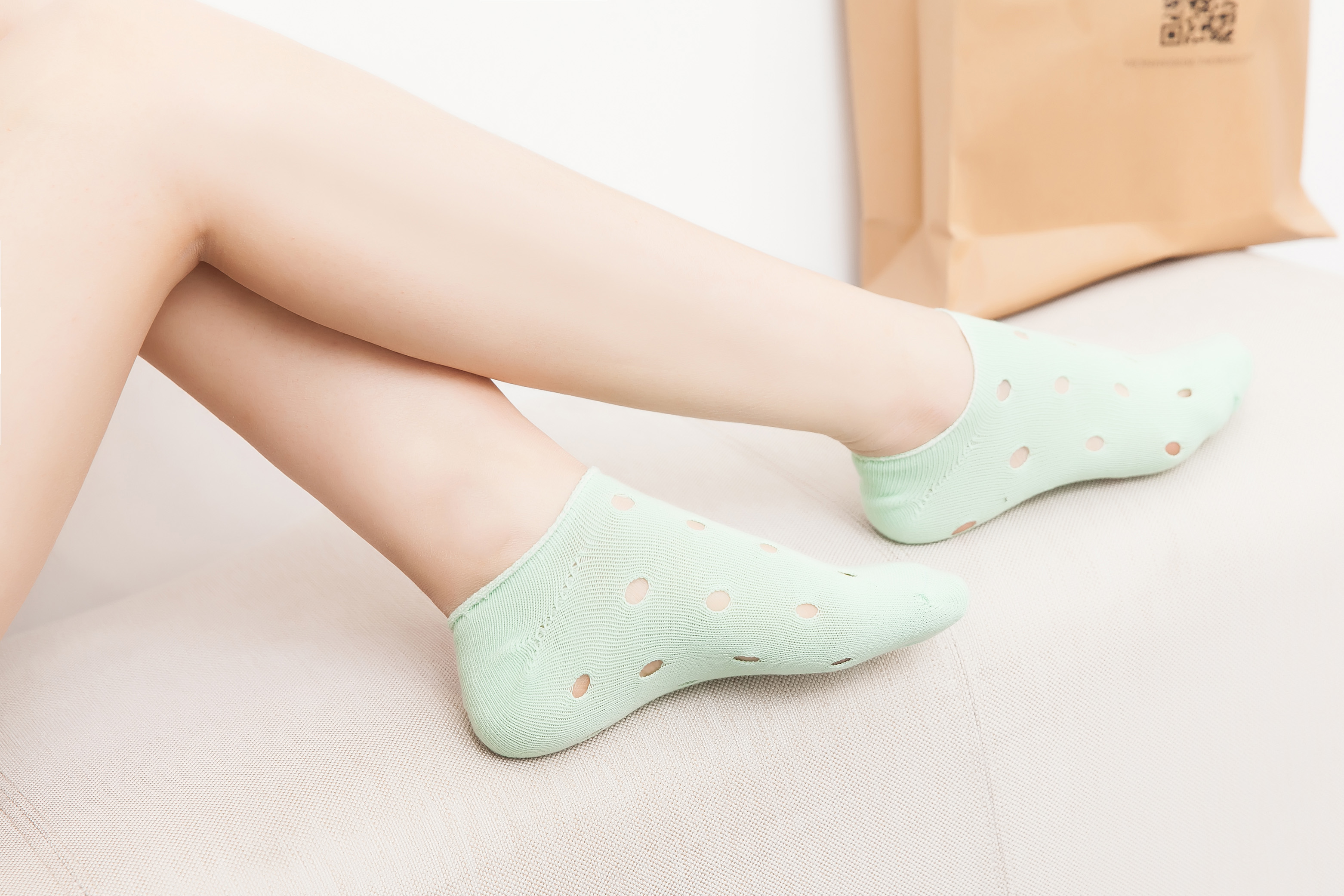 透氣吸汗防臭洞洞素色踝襪除臭襪新款隱形創意洞洞船襪 短筒船襪純棉襪子隱形 兒童男士女士裁縫平順,採手工對目的襪頭