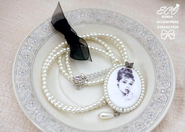 復古,奧黛莉赫本,珍珠,相框,長項鍊,韓國項鍊,韓貨,韓製,項鍊