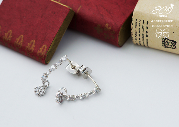 芭蕾舞,女伶,珍珠,鑽,,針式耳環,韓製,韓國,耳環
