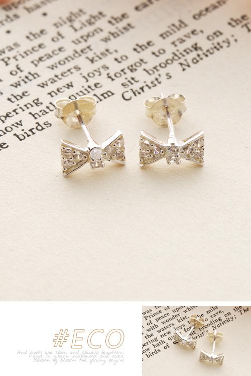 蝴蝶結耳環,貼耳耳環,綴鑽耳環,純銀針耳環,925純銀耳環,抗過敏耳環