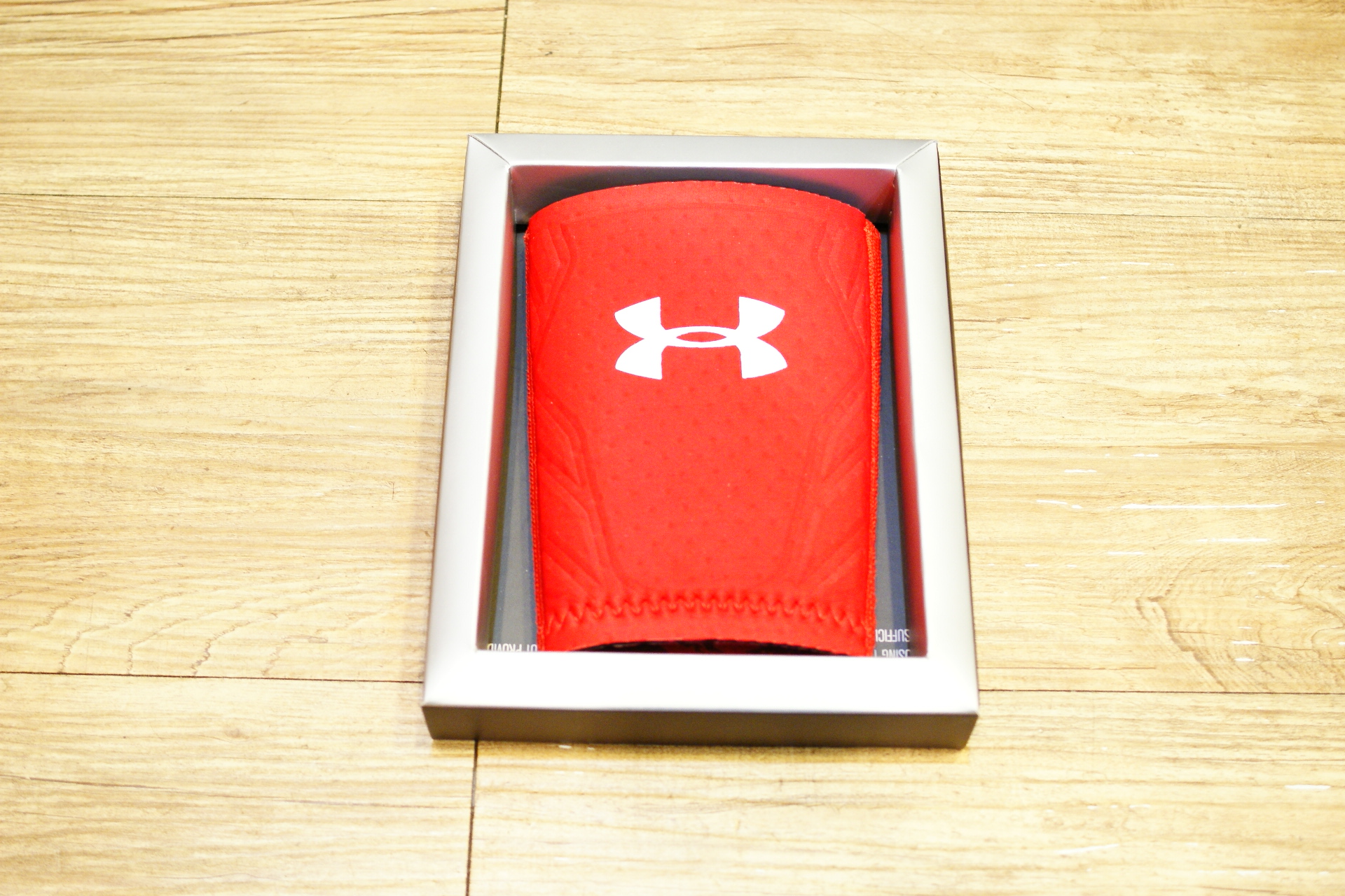 棒球世界 全新Under Armour UA 棒球用防撞手腕護套 特價 黑色