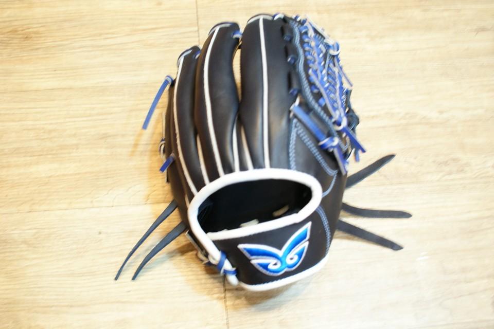 棒球世界 全新日本品牌Glom棒球手套 美國小牛皮 店家訂製款 特價 內野網檔 12吋 深藍色