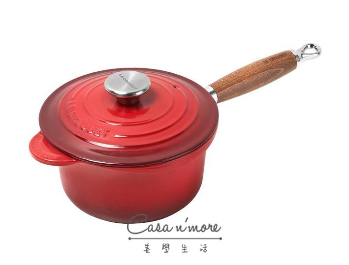LE CREUSET 木柄鑄鐵醬汁鍋 18cm 櫻桃紅 法國製造