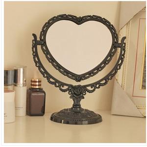 美麗大街【BF242E20E857】復古可旋轉雙面化妝鏡桌鏡子 (心型款)