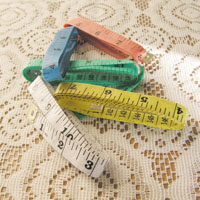 【aife life】色彩繽紛~彩色布尺/皮尺,兩種尺寸(150cm/60吋)居家購物的好幫手!輕巧型,攜帶方便,可量身體各個部份~