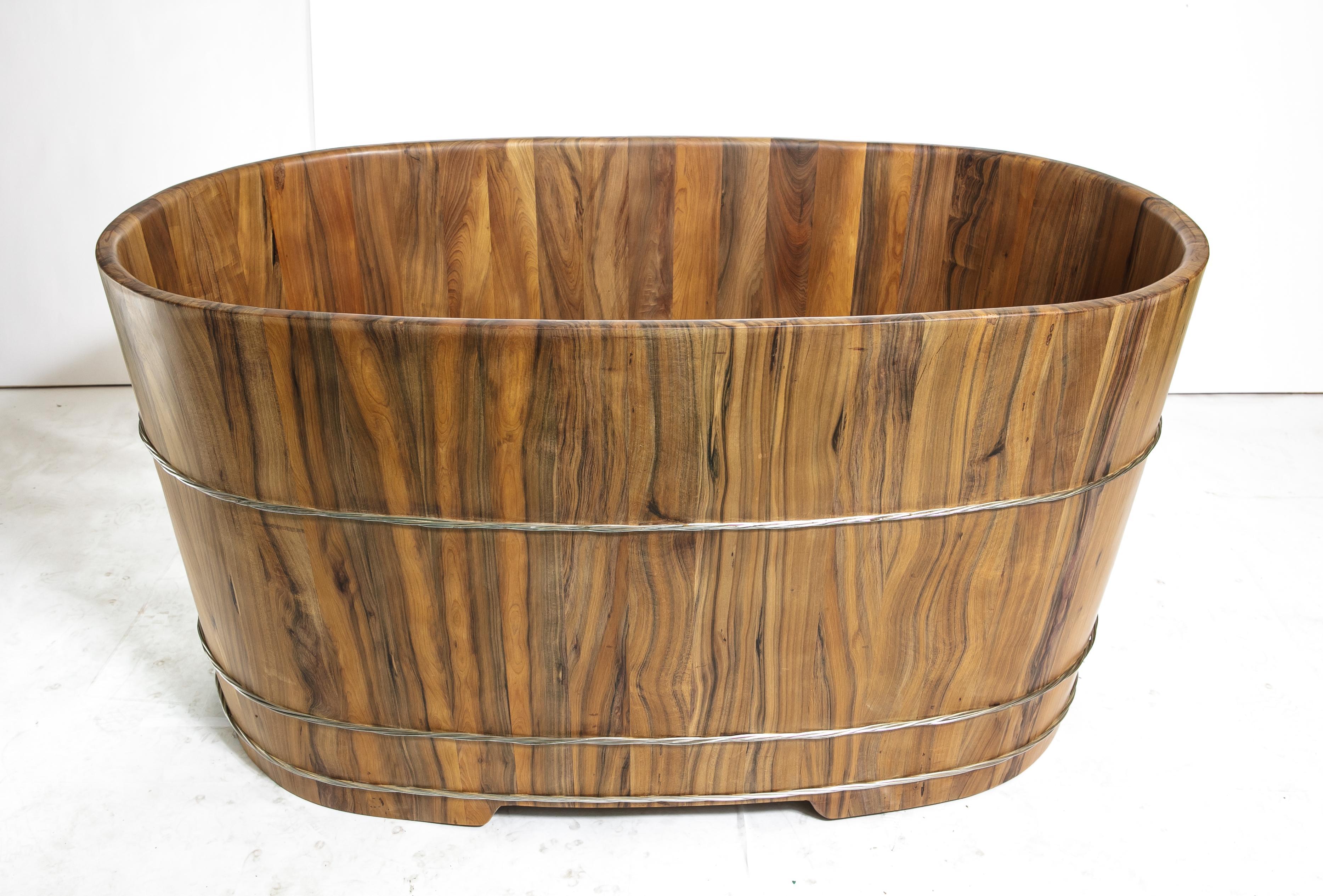 泡澡幫助血液循環 檀香木檜木桶 泡澡桶106公分長(兩人份尺寸) )台灣第一領導品牌-雅典木桶 木浴缸、方形木桶、泡腳桶、蒸腳桶、蒸氣烤箱