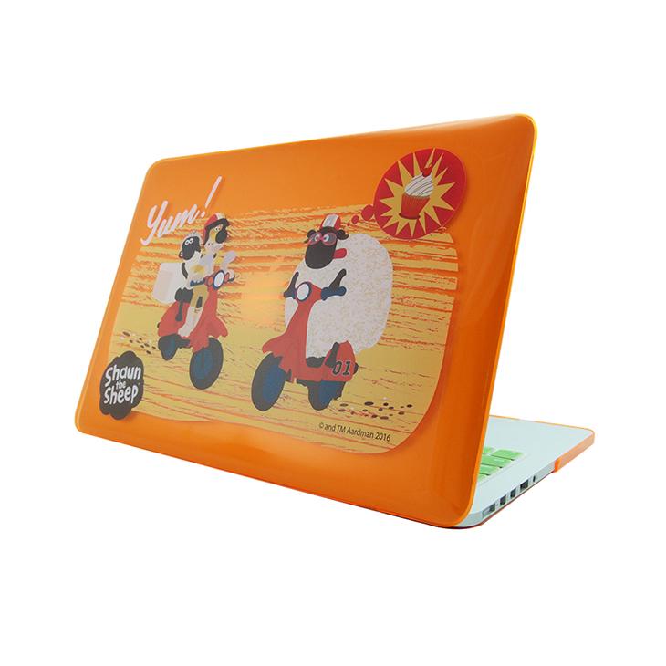 """笑笑羊正版授權(Shaun The Sheep) - Macbook水晶殼:【 呯呯歐兜邁 】《 Macbook Air / Pro / Retina  11.6"""" / 12"""" / 13.3"""" / 1.."""