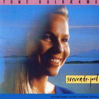 東妮:在山上唱歌 Tone Hulbakmo: Svevende Jord (CD)