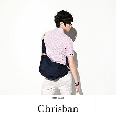 LINAGI里奈子精品【K652-42-45】休閒簡單素面皮帶釦造型內拉鍊裝可放平板雙向拉鍊斜背包