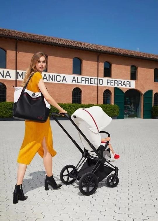 RIAM x Ferrari 頂級雙向嬰兒手推車
