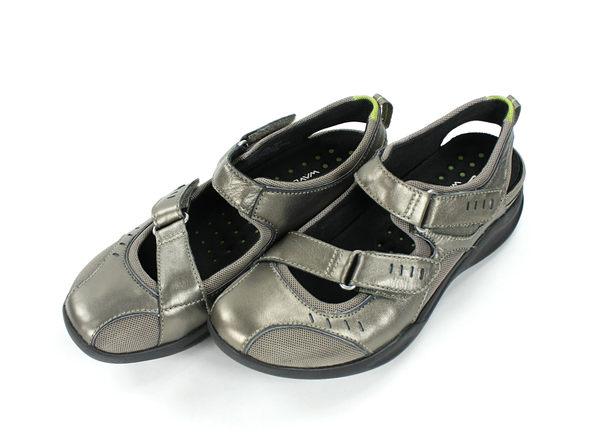 美國百分百【全新真品】Clarks Wave 克拉克 鞋 英國 手工 柔軟 香檳金 耐久站 透氣 貨付 5.5號
