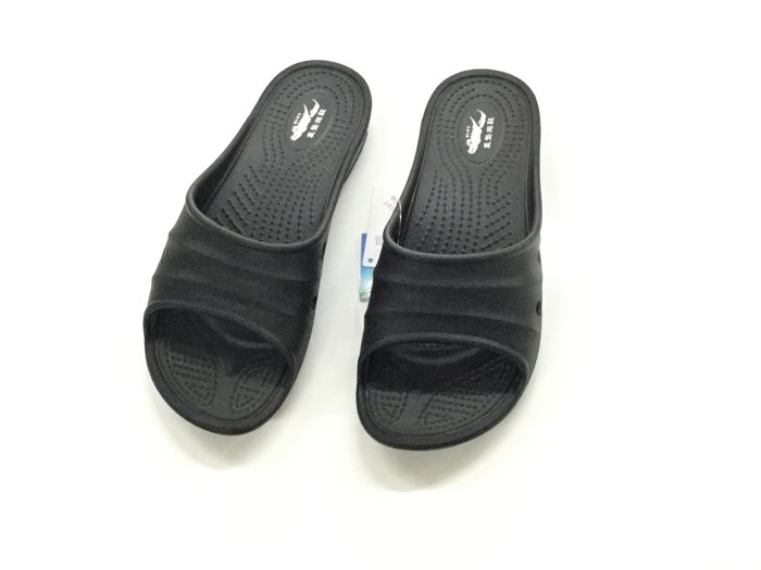 ※555鞋※黑色 母子鱷魚 馬卡龍色 浴室 海灘 防水 拖鞋 一體成形 氣墊 超舒適運動休閒拖鞋