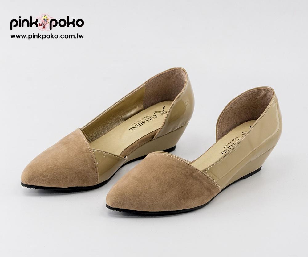 跟鞋 ☆PINKPOKO粉紅波可☆細絨漆皮側空楔型尖頭包鞋~2色 #1295