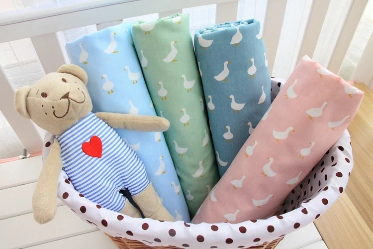 『DoudouMiki』嬰兒純棉床包。小鴨系列床包。床單。(四色)