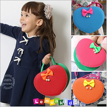 WallFree窩自在★愛俏麗時裝愛心造型蝴蝶結兒童晚宴包手提斜背肩背包