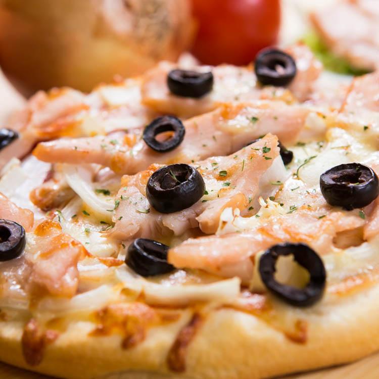 【法羅烤箱現作手工披薩】《煙燻雞肉pizza》