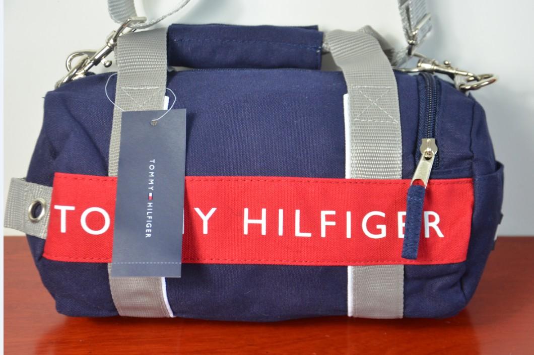 限量美國空運 TOMMY HILFIGER 兩用休閒運動(小)圓桶包肩背包(深藍色)手提包,約A4大小
