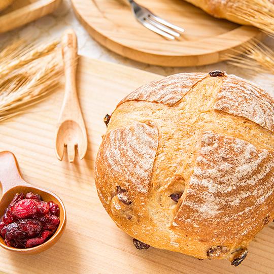 【小舞台烘焙】鄉村蔓越莓?全素?法國老麵與黃金發酵96小時的葡萄液種?擁有呼吸般的切面與10%裸麥粉?麵包與膳食纖維的結合還吃的到莓果?每日限量 10組