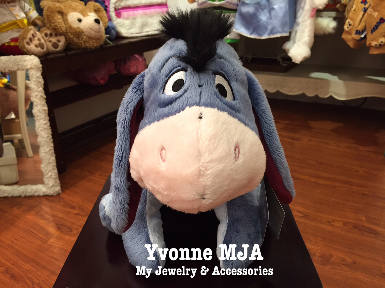 *Yvonne MJA英國代購*英國迪士尼Disney 商店限定正品 Eeyore驢子娃娃