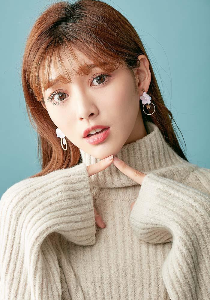 韓國耳環,夾式耳環,耳夾,螺旋夾耳環,花朵耳環,珍珠耳環,花耳環,不對稱耳環,垂墜耳環