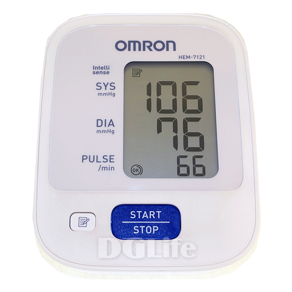 HEM-7121 歐姆龍數位自動電子血壓計