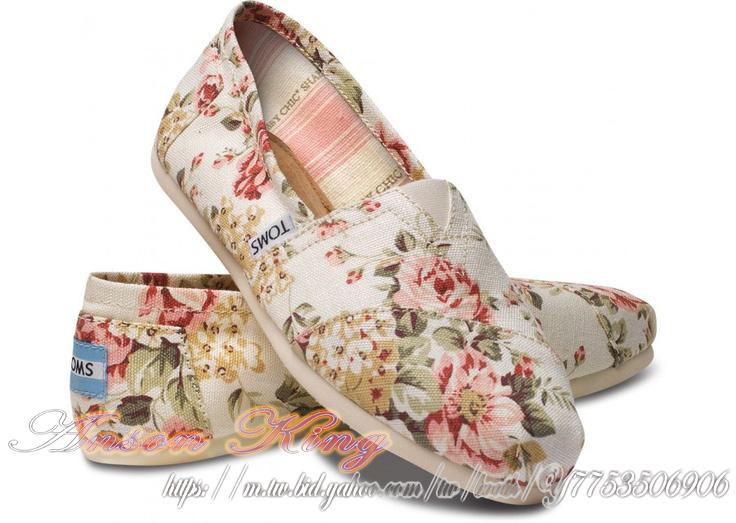 [女款] 國外代購TOMS 帆布鞋/懶人鞋/休閒鞋/至尊鞋 帆布系列 薔薇花米白