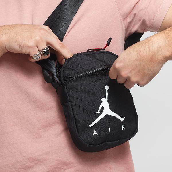 e11e4b6fed1 Shoestw【9A0197-023】NIKE JORDAN Jumpman Air Festival Bag 側背包多 ...