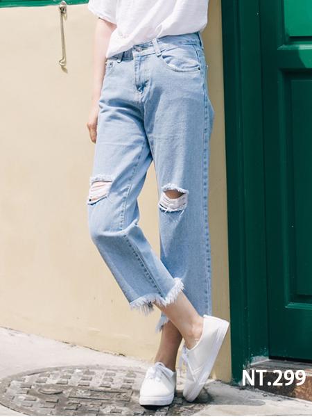 寬鬆破洞淺色鬚邊直筒牛仔褲【S~XL】