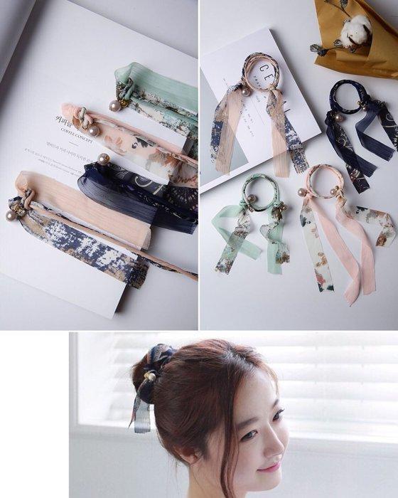 ★草魚妹★H537髮帶甜美氣質款珍珠吊飾雪紡緞帶丸子包頭海綿寶寶盤髮器,售價99元