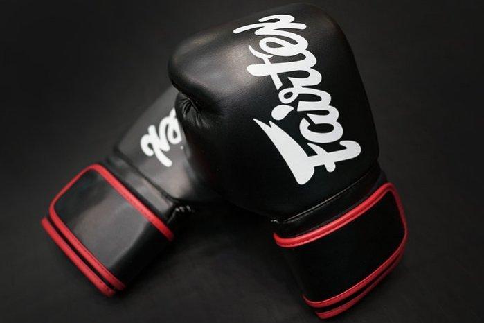 Fairtex 健身房拳擊手套~重擊打沙袋拳套~Pro Style ~個性化改裝