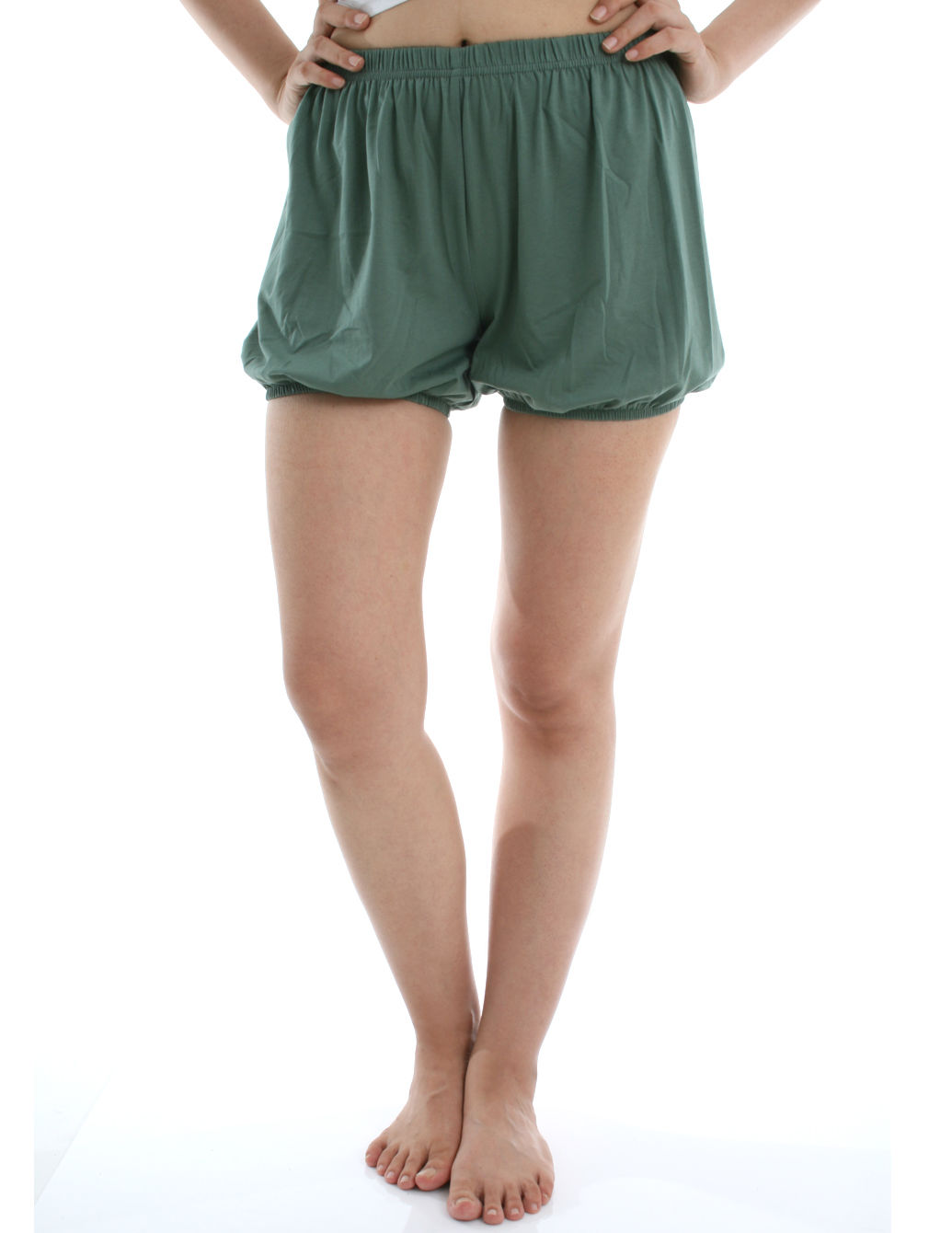 RTBU瑜珈褲~燈籠褲造型。藻綠