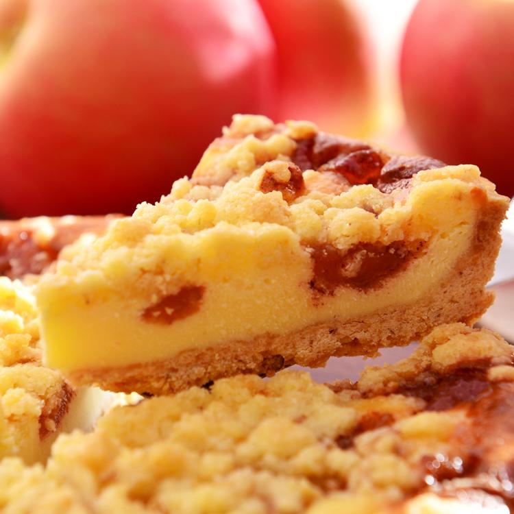 【美地瑞斯】蘋果烤酥乳酪派 6吋→採用新鮮嚴選的蘋果煮到入味再搭配乳酪做成內餡,表面再鋪上一層酥餅碎屑(Apple Crumble),每一口都覺得酥脆香甜的想跳舞。